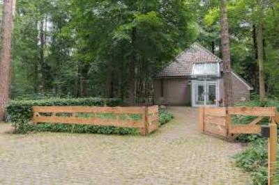 boshuis_buiten-129.png